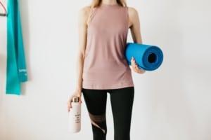 Im Pilates Total Body Workout bewegst du dich von Kopf bis Fuß